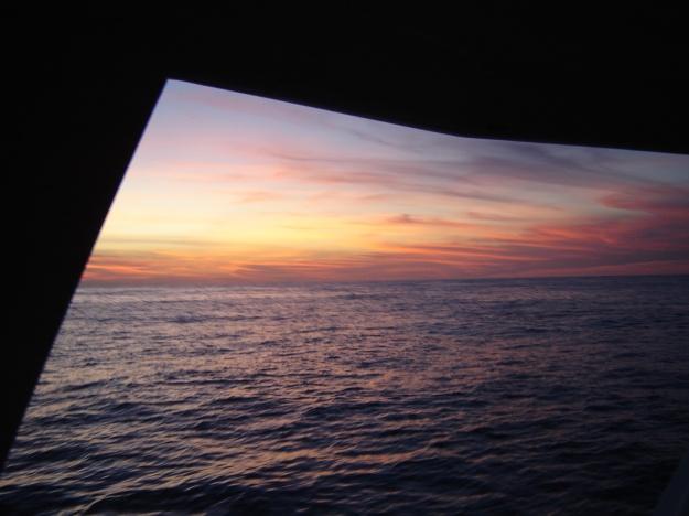 Fim de tarde que fotografei no catamarã dos mergulhadores.